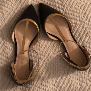 Nine West Aubree Black and Gold Flats
